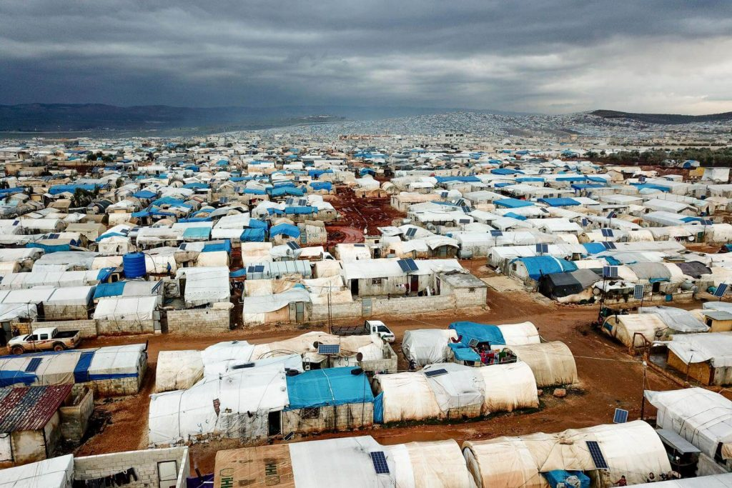 View over a refugee camp in Syria shows the challenge of social distancing for displaced communities even during dry times. By Mercy Corps