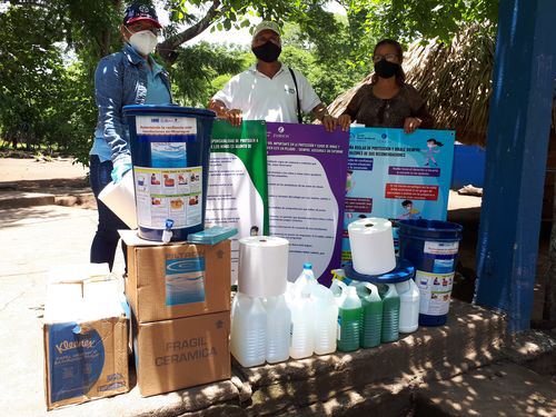 COVID-19 response by Nicaragua flood resilience team