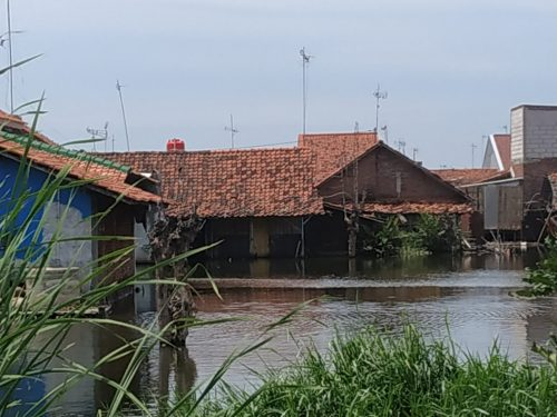 Tidal flooding in Indonesia