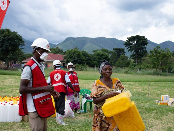 The Uganda Red Cross Society supports communities around Uganda's western Rwenzori mountains (mainly Kasese district) by acting early ahead of the May 2020 flood impact, distributing food and non-food items.